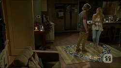 Daniel Robinson, Amber Turner in Neighbours Episode 7072