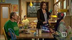 Toadie Rebecchi, Naomi Canning, Susan Kennedy in Neighbours Episode 7073