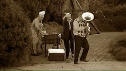 Lou Carpenter, Madge Bishop, Harold Bishop in Neighbours Episode 7073