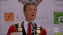 Paul Robinson in Neighbours Episode 7073