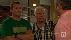 Toadie Rebecchi, Lou Carpenter, Karl Kennedy in Neighbours Episode 7074