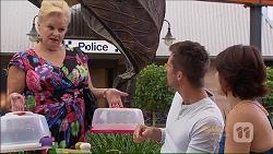 Sheila Canning, Mark Brennan, Naomi Canning in Neighbours Episode 7075