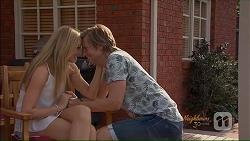 Amber Turner, Daniel Robinson in Neighbours Episode 7076
