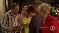 Karl Kennedy, Georgia Brooks, Susan Kennedy, Sheila Canning in Neighbours Episode 7078