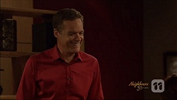 Paul Robinson in Neighbours Episode 7079