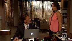 Paul Robinson, Naomi Canning in Neighbours Episode 7080