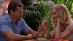 Matt Turner, Sharon Canning in Neighbours Episode 7081