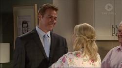 Guy Carpenter, Lauren Turner, Lou Carpenter in Neighbours Episode 7083