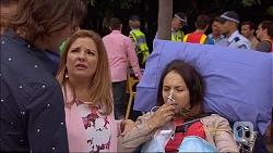 Brad Willis, Terese Willis, Imogen Willis in Neighbours Episode 7087