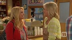 Lucy Robinson, Lauren Turner in Neighbours Episode 7088