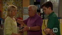 Lauren Turner, Lou Carpenter, Bailey Turner in Neighbours Episode 7088