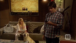 Lucy Robinson, Bouncer II, Chris Pappas in Neighbours Episode 7089