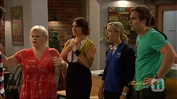 Sheila Canning, Naomi Canning, Georgia Brooks, Kyle Canning in Neighbours Episode 7090