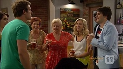 Naomi Canning, Kyle Canning, Susan Kennedy, Sheila Canning, Georgia Brooks, Chris Pappas in Neighbours Episode 7090