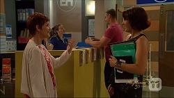 Susan Kennedy, Naomi Canning in Neighbours Episode 7091