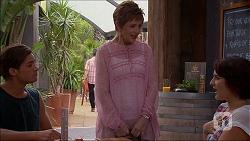 Tyler Brennan, Susan Kennedy, Naomi Canning in Neighbours Episode 7093