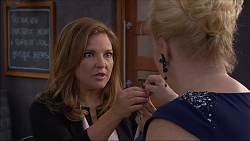 Terese Willis, Sheila Canning in Neighbours Episode 7093