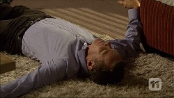 Paul Robinson in Neighbours Episode 7095