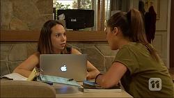 Imogen Willis, Paige Smith in Neighbours Episode 7096