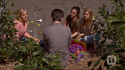 Lauren Turner, Bailey Turner, Paige Novak, Amber Turner in Neighbours Episode 7097