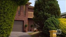 in Neighbours Episode 7099