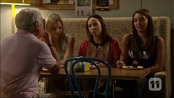 Lou Carpenter, Amber Turner, Imogen Willis, Paige Smith in Neighbours Episode 7100