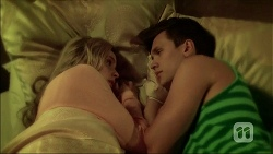 Amber Turner, Josh Willis in Neighbours Episode 7101