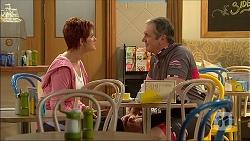 Susan Kennedy, Karl Kennedy in Neighbours Episode 7101