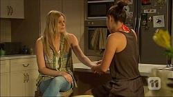 Amber Turner, Paige Novak in Neighbours Episode 7101