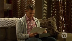 Paul Robinson in Neighbours Episode 7102