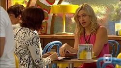 Naomi Canning, Georgia Brooks in Neighbours Episode 7102