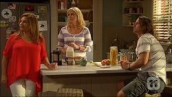 Terese Willis, Lauren Turner, Brad Willis in Neighbours Episode 7102