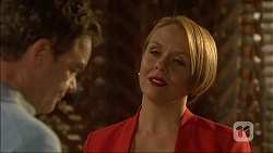 Paul Robinson, Sue Parker in Neighbours Episode 7104