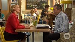 Sue Parker, Karl Kennedy in Neighbours Episode 7104