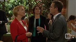 Sue Parker, Naomi Canning, Paul Robinson in Neighbours Episode 7104