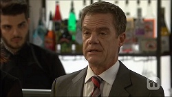 Paul Robinson in Neighbours Episode 7104