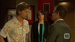 Daniel Robinson, Naomi Canning, Paul Robinson in Neighbours Episode 7105