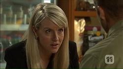 Federal Agent Greta Jackson in Neighbours Episode 7105