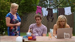 Sheila Canning, Kyle Canning, Georgia Brooks in Neighbours Episode 7105