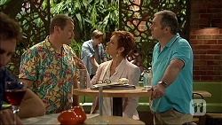 Toadie Rebecchi, Susan Kennedy, Karl Kennedy in Neighbours Episode 7106