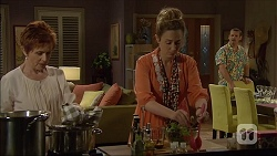 Susan Kennedy, Sonya Mitchell, Toadie Rebecchi in Neighbours Episode 7108