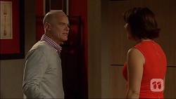 Paul Robinson, Naomi Canning in Neighbours Episode 7108