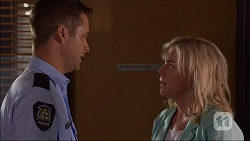 Mark Brennan, Lauren Turner in Neighbours Episode 7108
