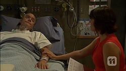 Paul Robinson, Naomi Canning in Neighbours Episode 7110