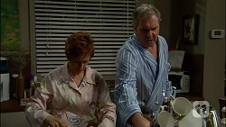 Susan Kennedy, Karl Kennedy in Neighbours Episode 7110