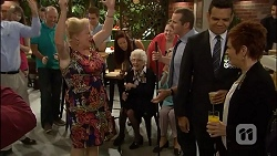 Sheila Canning, Toadie Rebecchi, Nate Kinski, Susan Kennedy in Neighbours Episode 7110