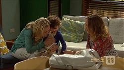 Rhonda Brooks, Nell Rebecchi, Sonya Mitchell in Neighbours Episode 7111