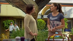 Naomi Canning, Paige Novak in Neighbours Episode 7112