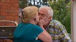 Sheila Canning, Lou Carpenter in Neighbours Episode 7115