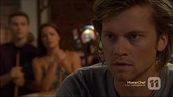 Josh Willis, Paige Smith, Daniel Robinson in Neighbours Episode 7116